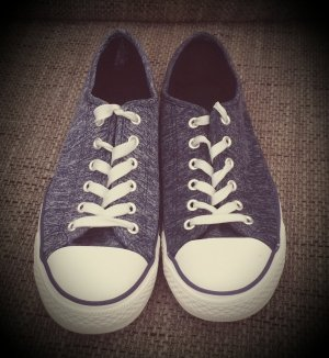 Turnschuhe / Sneaker
