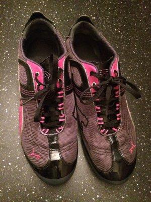 Turnschuhe Sneaker Sportschuhe schwarz-pink von Puma Größe 41