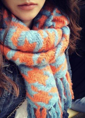 Bufanda de punto naranja-azul neón