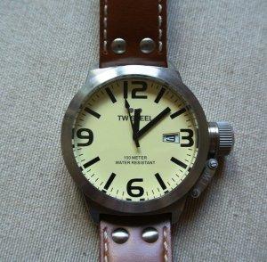 TW Steel Uhr, Camel-braun mit Lederarmband