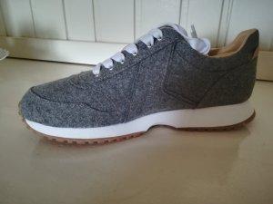 Tweed Sneaker 38