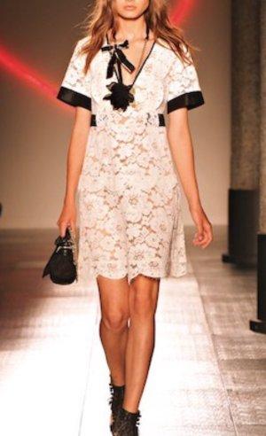 Twinset Kleid Simona Barbieri Spitzenkleid Schwarz Weiß Blumen schleife A Form Neu NP 265 sandro Maje spitze