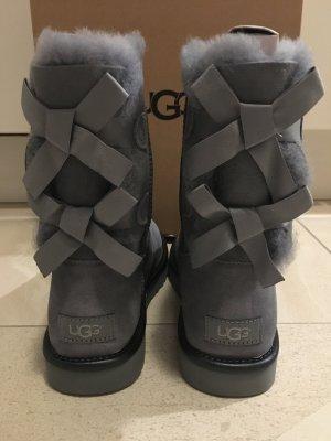 UGG Scarpina di lana grigio