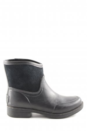 UGG Ankle Boots schwarz Street-Fashion-Look