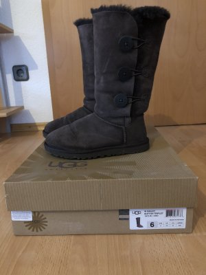 UGG Australia Boots , Bailey Button Triplet