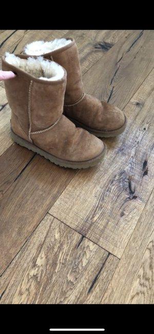 UGG Australia Boots Chesnut Gr 38