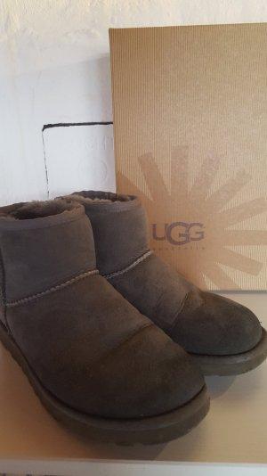 UGG Australia Boots Mini
