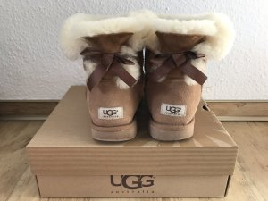 Ugg Australia Boots Mini Bailey Bow Braun (Chestnut)