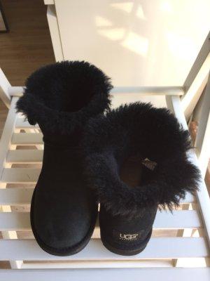 Ugg Australia Boots Mini mit Knopf