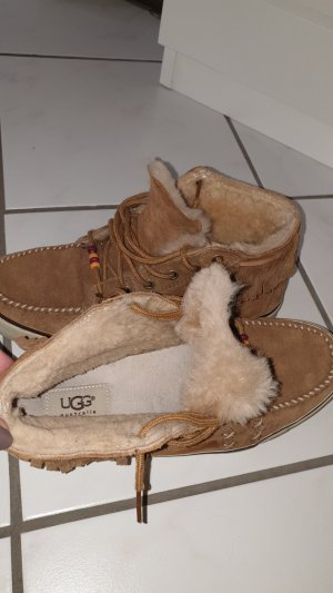 UGG Australia Indistyle Sneakers Fransen Gr. 40
