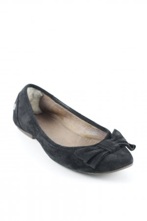 UGG Australia Slip-on Shoes black casual look