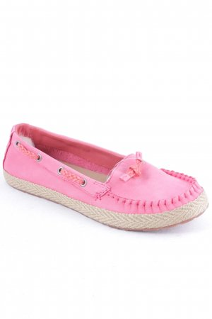 UGG Australia Slipper pink Street-Fashion-Look