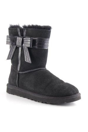 UGG Australia Snowboots schwarz Street-Fashion-Look