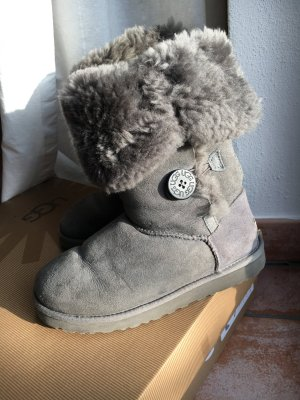 UGG Australia - W Bailey Button Triplet - grey / grau