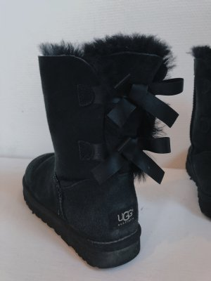 UGG Bailey Bow 2 schwarz black Boots