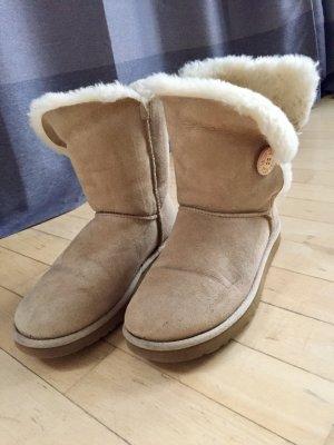 UGG Australia Snow Boots cream-natural white