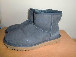 UGG Australia Desert Boots dark blue