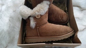 Ugg Baily Boots
