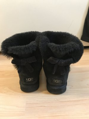 Ugg Boot Mini Bailey Bow Cord