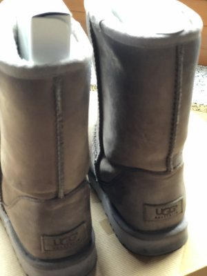 Ugg Boot W Classic Short Leather