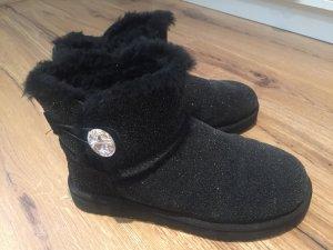 UGG Australia Snow Boots black acetate