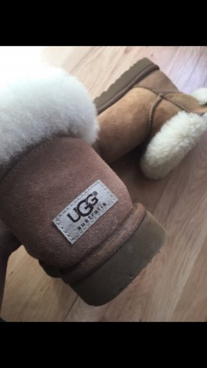 UGG Boots (39)