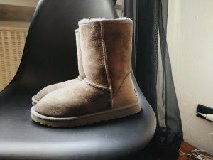 UGG Boots 39 grau wunderschön