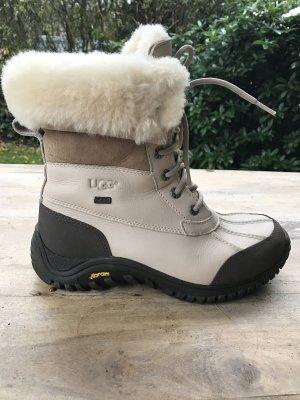 UGG Boots Adirondack Beige