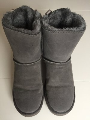 UGG Boots Bailey Bow 2 Groß 39 in Grau. Top Zustand!