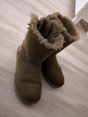 UGG Boots Bailey Bow Gr. 38 chestnut brown braun