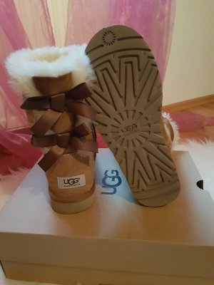 UGG Boots Bailey Bow II Chestnut