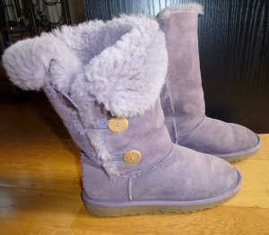 UGG Boots Bailey Button 36/37 flieder