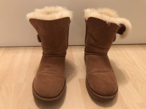 UGG Boots Bailey Button 38