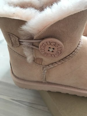 Ugg Boots Bailey Button