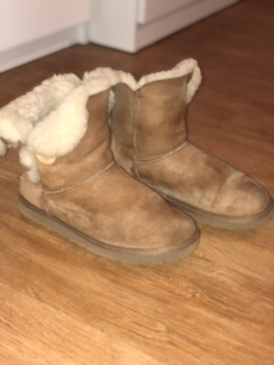 UGG Boots Bailey Button Gr. 38