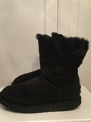 Ugg Boots  Bailey  Button schwarz