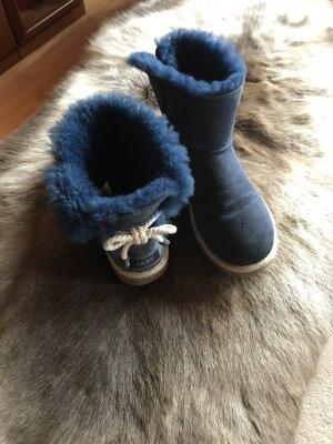 Ugg Boots blau Schleife