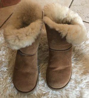 UGG Fur Boots camel