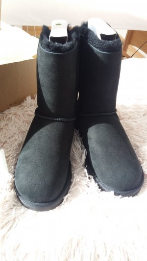 UGG Boots black leather