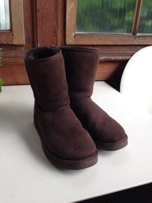 Ugg Boots Short Braun Mindwise