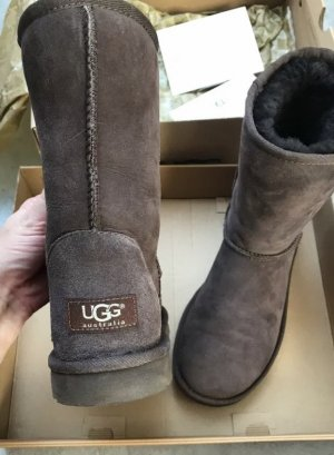 UGG Australia Winter Booties brown-dark brown