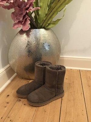 Ugg Boots Classic Short II Stormy Grey Gr.36