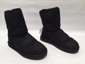 UGG Boots Classic Short in schwarz Gr.38