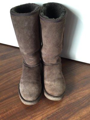 Ugg Boots classic tall dunkelbraun W8 Gr.39