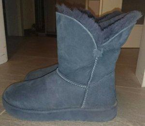 Ugg Boots dunkelblau Größe 37