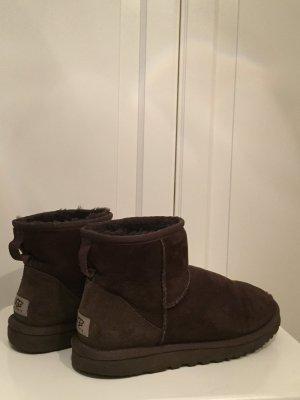 Ugg Boots  dunkelbraun