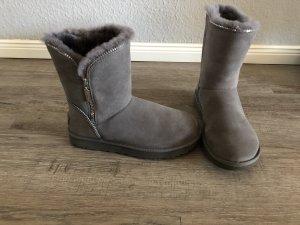 Ugg Boots Gr. 38 Lammfell neuwertig grau Reißverschluss np 239€