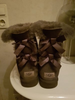UGG Boots Gr. 41 top & in grau