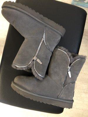 UGG Boots grau