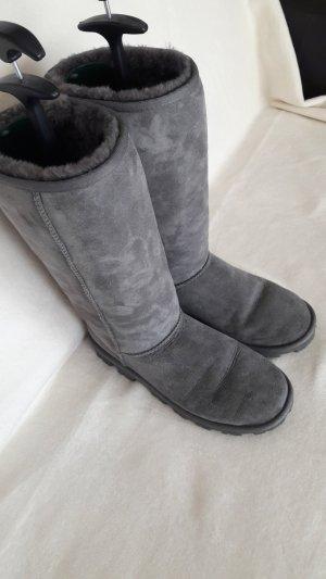 UGG Boots grau Größe 40